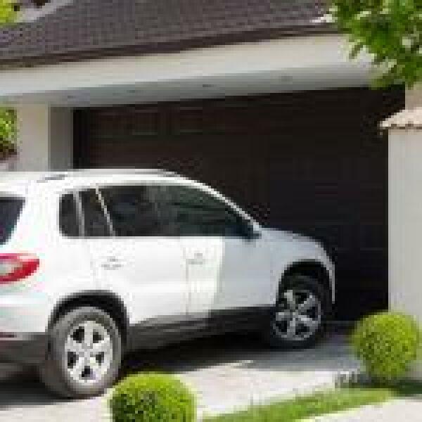 Növelik az otthon biztonságát az intelligens garázsnyitók