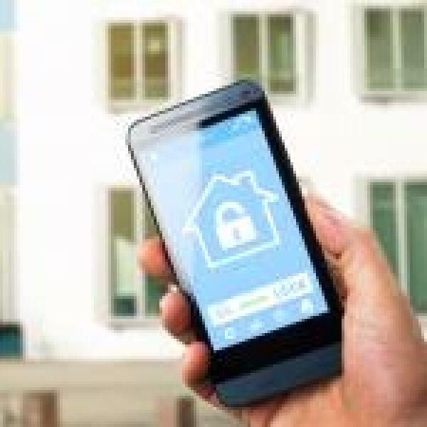 Íme, egy újabb okoscsengő a smart home piacon