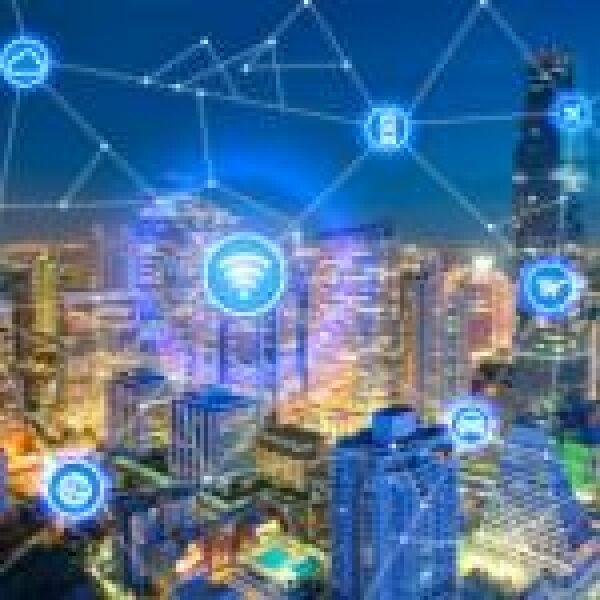 Adatözön: párhuzamok a cégek és az okosvárosok között