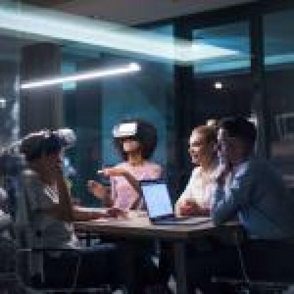 Munkahelyi diszkrimináció: hogyan segíthet a VR?